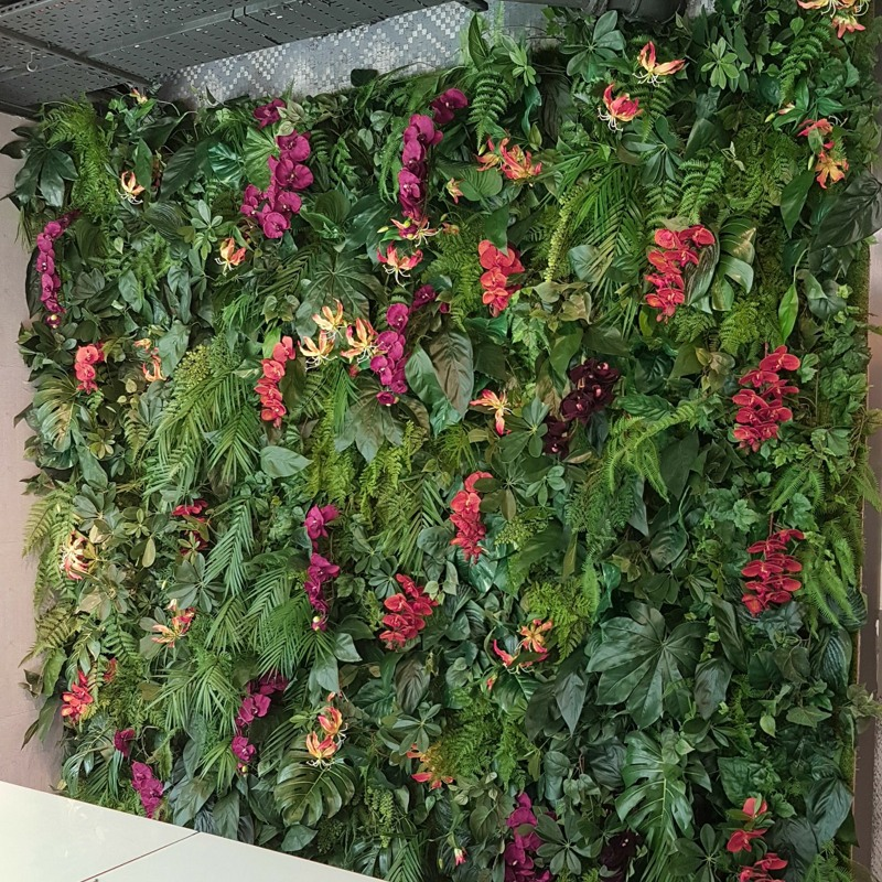 Artificial Green Wall Jungle Look