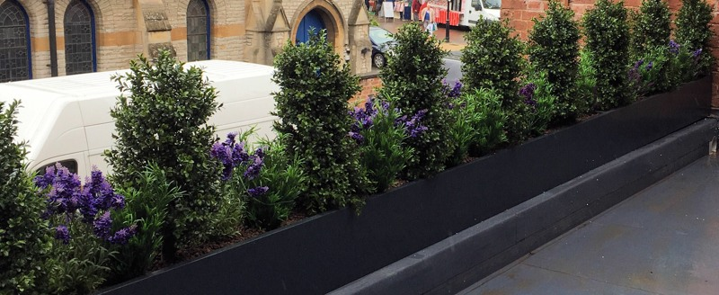Artificial Hedge with Underplanting High level slider