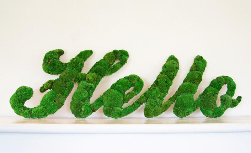 Bun Moss Hello lettering