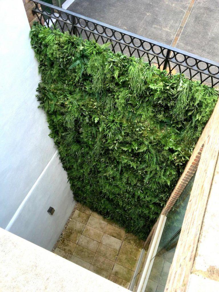 Exterior fake green wall vertical