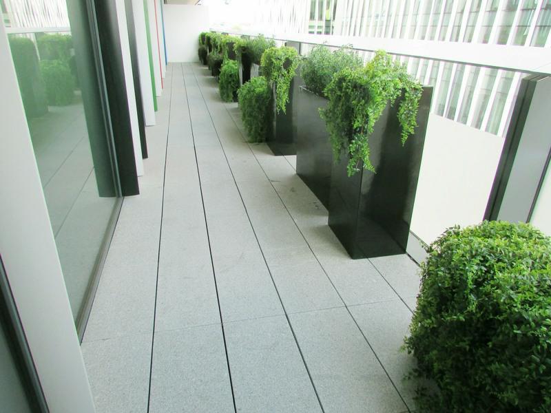 Fake outside Balcony Planting