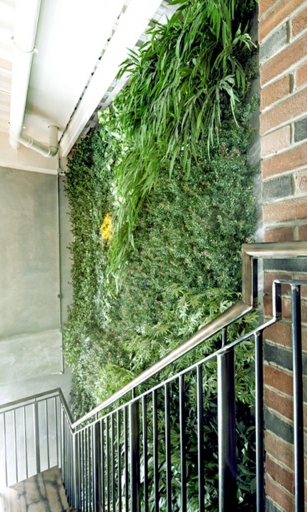 Fire rated artificial interior green wall