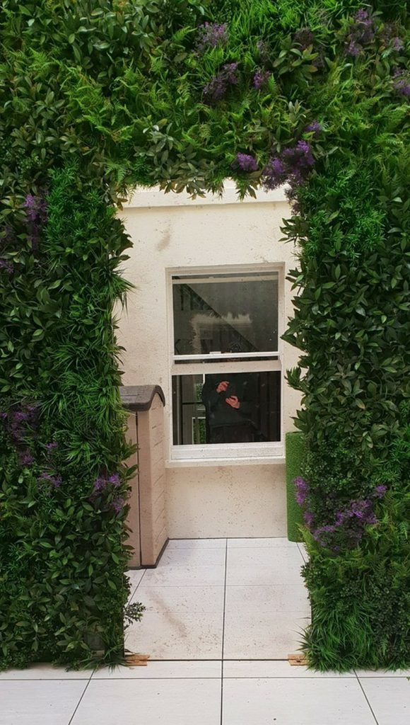 Green wall archway made by Bright Green
