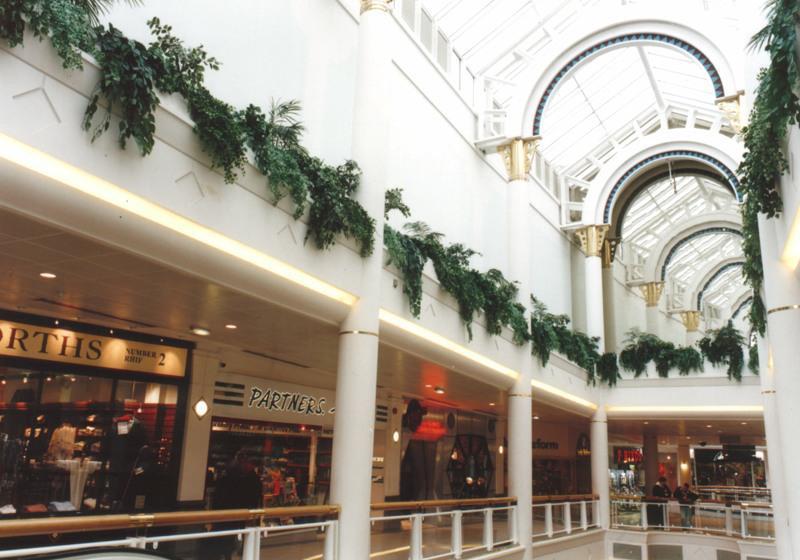 High level trailing foliage shopping centre