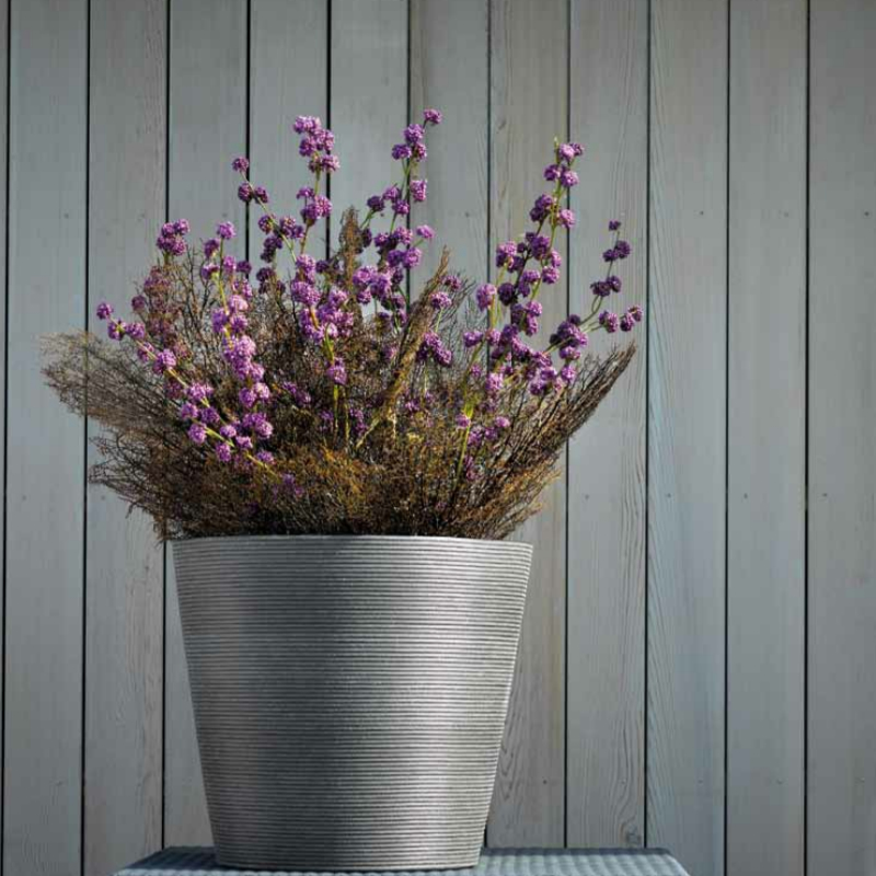 Synthetic ridged planter